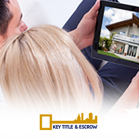 Picture of A Couple Looking to Buy Property in Florida With the Help of Key Title & Escrow's Title Insurance